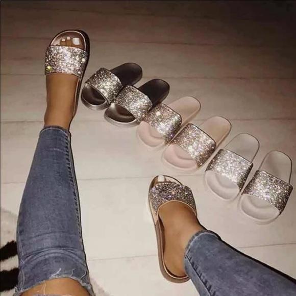 Creamy White Glitter Slides. M 5a568f588df47040590010a7 ba70d69ef